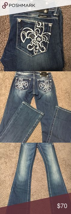 Miss me boot cut denim size 26 NWOT NWOT boot cut jeans. Inseam is 34 inches Miss Me Jeans Boot Cut