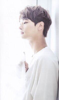 N 엔 || Cha Hakyeon 차학연 || VIXX || 1990 || 180cm || Vocal || Lead Dancer || Leader
