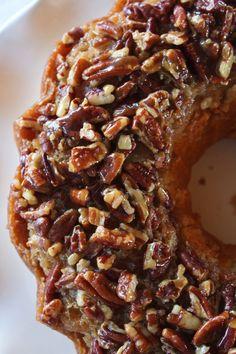 Pecan Updside Down Bundt Cake Recipe - Practically Homemade - Desserts - Fall Desserts, Just Desserts, Delicious Desserts, Dessert Recipes, Pecan Desserts, Food Cakes, Cupcake Cakes, Baking Cupcakes, Pecan Cake