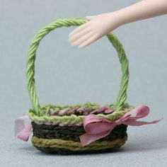 Weave a Miniature Oval Easter Basket In Dolls House Scale