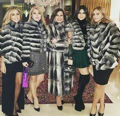 Chinchilla Fur Coat, Fox Fur Coat, Fur Coats, Fur Fashion, Womens Fashion, Coats For Women, Clothes For Women, Fur Clothing, Cute Jackets