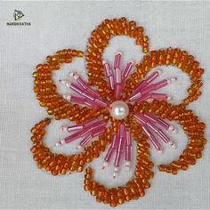 machine embroidery designs new Pearl Embroidery, Basic Embroidery Stitches, Hand Embroidery Videos, Tambour Embroidery, Bead Embroidery Jewelry, Embroidery Techniques, Beaded Embroidery, Beaded Lace, French Knot Embroidery