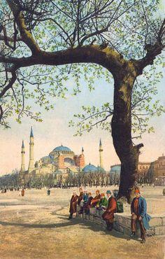 Ayasofya Camii ve Meydanı