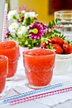 Strawberry wine slushies