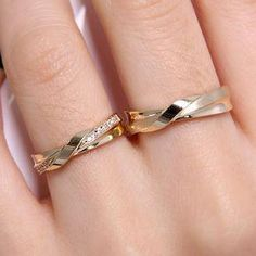 This Floral Moissanite Engagement Ring Set Two Tone Gold Floral is just one of the custom, handmade pieces you'll find in our bridal sets shops. Gold Ring Designs, Wedding Ring Designs, Wedding Rings, Ring Set, Ring Verlobung, Piercing Septum, Engagement Rings Couple, Couple Rings, Argent Sterling