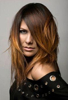 Coupe de cheveux longs femme 2 tons