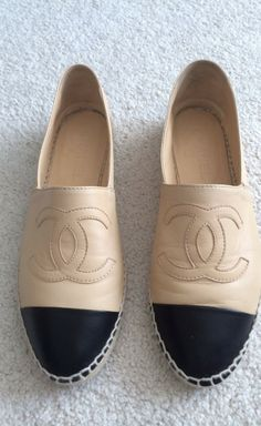 Chanel Beige And Black Flat | VAUNTE