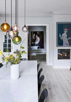 Big and airy dining room. For more, visit houseandleisure.co.za