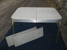 Vintage Retro Cracked Ice Formica Chrome Diner Kitchen Table And 2 Leafs