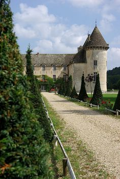 Chateau Savigny les Beaune