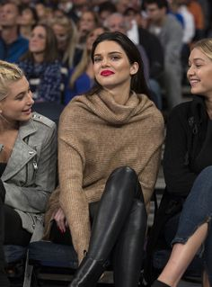 Kendall Jenner at the Knicks vs Wizards basketball game