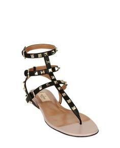 sandali-primavera-estate-2014-valentino #moda2014 #sandali2014 #sandals2014 #womanshoes #tacchi #heels #fashion #mood #trend #shoes2014 #scarpedonna #shoes #scarpe #calzature #moda #woman #fashion #springsummer #primaveraestate #moda2014 #sandalo #sandal #valentino #flat