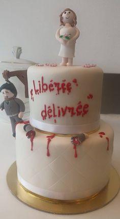 The very famous Divorce cake ! Libérée, délivrée ! For Ladies ! Love it - By Miss Audrey's Cupcakes -   Soutenez-nous dans le développement de nos salons de thé vintages ! Support us to develop  our vintage tearooms !  Facebook : https://www.facebook.com/MissAudreysCupcakes/ Ulule : http://fr.ulule.com/audreys-cupcakes/  Merci :D ! Thank you :D !