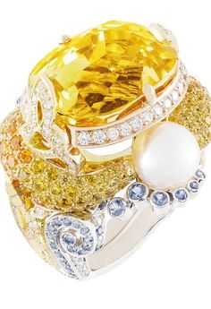 VAN CLEEF & ARPELS | Carpes Koï Ring | Palais de la Chance collection | {ʝυℓιє'ѕ đιåмσиđѕ&ρєåɾℓѕ}