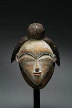 Punu mask from Gabon African Masks, African Art, Atelier D Art, African Sculptures, Art Premier, Tribal People, Art Moderne, Ocean Art, Native Art