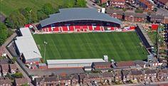 Inglaterra, Estádio Highbury - Fleetwood Town F. English Football Stadiums, British Football, English Football League, European Football, Fleetwood Town Fc, Fifa, Stadium Architecture, Bristol Rovers, Leonel Messi