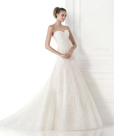 Robes de mariée de la collection Costura 2015 - Pronovias