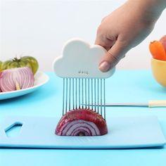 Perfect gesneden uitjes of aardappeltjes? Met de DOIY Wolken snijhulp maak je…