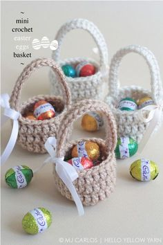 Crochet basket 621496817308960604 - Free Crochet Basket Patterns,Mini Crochet Easter Eggs Basket-The possibilities are endless to make crochet basket free patterns that you can crochet and increase the beauty of your home. Source by DIYHomedecorz Crochet Easter, Easter Crochet Patterns, Crochet Motifs, Holiday Crochet, Cute Crochet, Knit Crochet, Easy Crochet Projects, Crochet Crafts, Diy Crafts