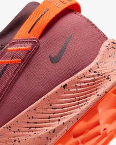 Nike Pegasus Trail 2 Men's Trail Running Shoe. Nike.com Trail Shoes, Trail Running Shoes, Running Shoes Nike, Nike Shoes, Nike Pegasus, Puma Platform, Platform Sneakers, Sneaker Art, En Stock
