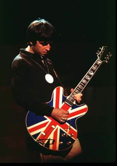 Noel Gallagher and what is one of the most iconic guitars in British rock n' roll history.