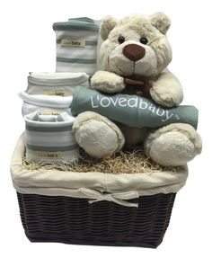 Organic Gift Set All clothing items are 3 - 6 Months in size L'ovedbaby Comes with basket Welcome home baby gift