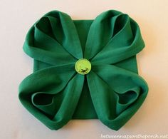 4-Leaf Clover Napkin Fold for St. Patrick's Day Table Setting - By Susan at Between Naps on the Porch