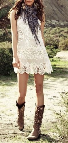 American Hippie Bohemian Style – Lace and Boots.