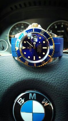 That beautiful colour of blue on this watch is fresh!
