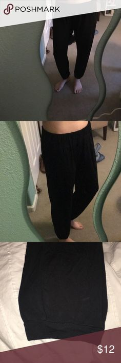 black flowy pants Super soft and comfy black pants. Have pockets in the front and cuff at the ankle. Barely worn and really soft *NOT BILLABONG PURCHASED FROM LOCAL STORE* Billabong Pants
