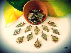 Brass beads - Supplies - Make yourself - Jewelry making de BySinuhe en Etsy
