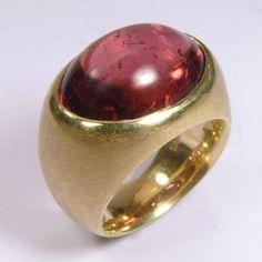 Ring, Gold 750/-, roter Turmalin, Cabochon 13x18mm, 13,68 Carat