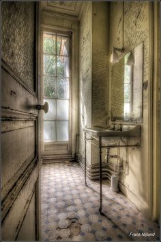 "500px / Photo ""Bathroom poetry"" by Frans Nijland"