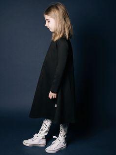 Mainio AW 15/16- cool monochrome garments