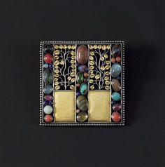 wiener-werkstatte-jewelry-005.jpg
