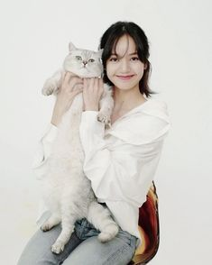Yg Entertainment, Divas, Leo, Blackpink Members, Blackpink Photos, Blackpink Lisa, Baby Cats, Korean Girl Groups, Rose