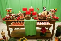 Snow White party - can somebody do this for my next birthday!?