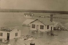 The Belle Glade Experiment Station after the 1928 hurricane. With Zora Neale Hurston in Their Eyes Were Watching God. Vintage Florida, Old Florida, A Wrinkle In Time, Natural Man, Florida Girl, Tough Times, Natural Disasters, Storms, Destruction