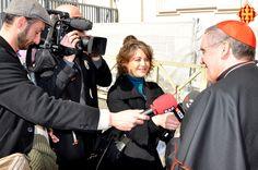 El Cardenal Sistach parla amb els mitjans