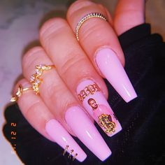Want to know how to do gel nails at home? Learn the fundamentals with our DIY tutorial that will guide you step by step to professional salon quality nails. Aycrlic Nails, Dope Nails, Bling Nails, Swag Nails, Fun Nails, Hair And Nails, Gorgeous Nails, Pretty Nails, Gel Nails At Home