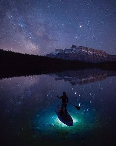 Comparateur de voyages http://www.hotels-live.com : Photo by @paulzizkaphoto. A wonderful night under the stars experimenting with a little stand up paddle boarding. It was certainly worth the 4am wait for the Milky Way to rise reflecting in the perfectly still Two Jack Lake below. Hotels-live.com via https://www.instagram.com/p/BFyeGN2ioKs/ #Flickr via Hotels-live.com https://www.facebook.com/125048940862168/photos/a.1112410382126014.1073741916.125048940862168/1172819779418407/?type=3…