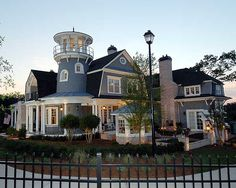 Beautiful Huge Shingle Style Classic house