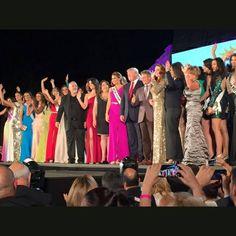 La Miss Universo actual, Miss Venezuela María Gabriela Isler y los organizadores
