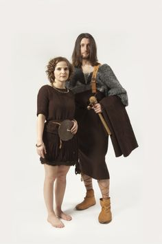 Man and Woman dressed in clothing of the Nordic Bronze Age