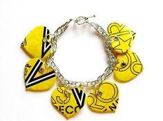 Rockstar style Rockstar Energy, Wire Wrap, Bracelet Making, Heart Charm, Nifty, Soda, Recycling, Hearts, Crafting