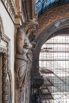 Galleria Vittorio Emanuele II, Restoration - Milan - Italy.