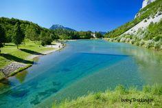 Una splendida gita al lago di Nembia, dalle acque cristalline, a Comano, poco distante da San Lorenzo in Banale, con capatina anche al lago di Molveno