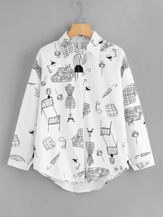 Shop Graphic Print Shirt at ROMWE, discover more fashion styles online. Girls Fashion Clothes, Teen Fashion Outfits, Diy Fashion, Fashion Styles, Stylish Summer Outfits, Casual Outfits, Painted Clothes, Aesthetic Clothes, Romwe