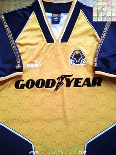 Relive Wolverhampton Wanderers  1996 1997 season with this vintage Puma  home football shirt. 5510ca751