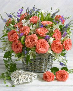 Another lovely bouquet of texture and contrasting colors. Flower Basket, My Flower, Flower Power, Beautiful Flower Arrangements, Floral Arrangements, Beautiful Flowers, Floral Bouquets, Floral Wreath, Arte Floral